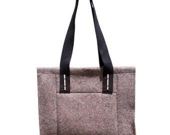 """VENDITA - """"Patch"""" - borsa di feltro di lana merino 100%. Borsa a mano, 30% di sconto solo su questo colore."""