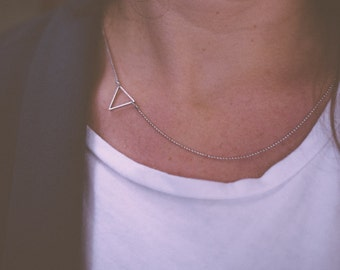 Small triangle necklace | Gold plated & Silver plated