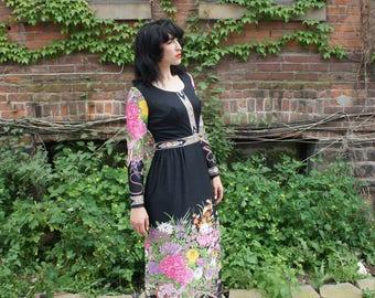 MIDNIGHT GARDEN 1970's Medieval Boho Printed Jersey Floral Maxi Dress