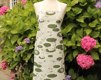 Apron- Frogs Apron - Gift- Homeware- Kitchenware- Mens Apron - Womens Apron- Pond- green - White