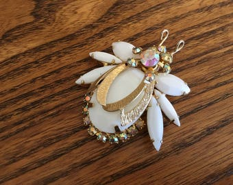 Juliana D&E White Milk Glass with Clear AB Rhinestones and Gold Metal Wings Bug Brooch 1184