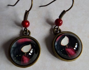 The small beret Lyly bronze antique red bead earrings