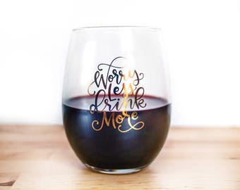 Mother's Day Gift - gift for mom - Best friend gift ideas - Wine glasses - gifts for her - wine gift - gift for adults Bachelorette Party