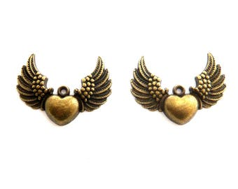 lot 2 heart wing charm bronze 35x25mm