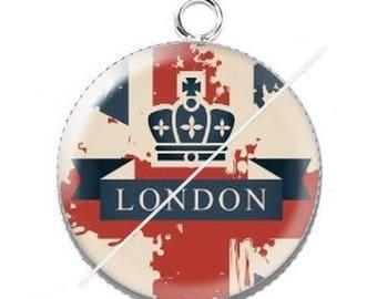 Cabochon resin london flag Pendant 1