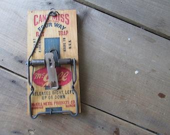One Rat Trap Vintage McGill Rat Trap NOS