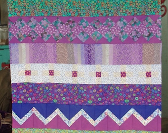 Pieced Top Lap or Accent Quilt Green and Lavender and Purple Beautiful Old Fashioned Seminole Style Piecework Strips