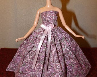 Pretty pink paisley & floral formal dress for Fashion Dolls - ed1027