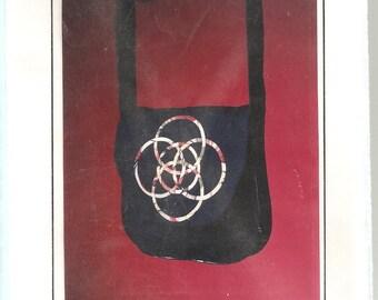 Cabin Fever Crafts Contemporary Celtic Pattern 111: Shoulder Bag. UNCUT