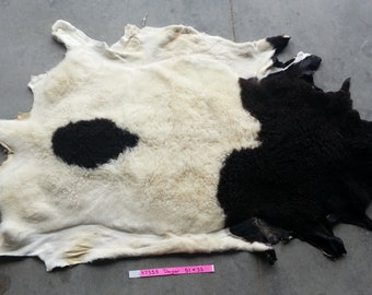 Black and Cream Spotted Sheepskin - Dorper Hair Sheep Hide - Lot No. 47355HP