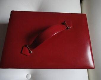 JEWEL BOX IN Leather