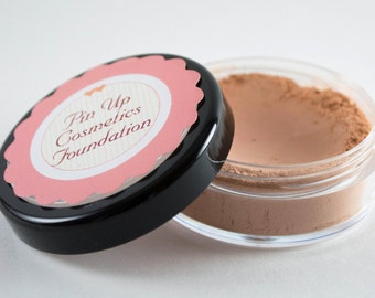 Pin Up Cosmetics Vegan Mineral Foundation in Gorgeous Gracie