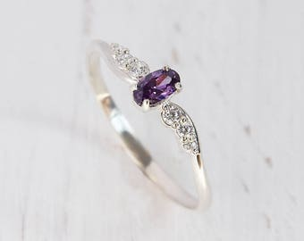 Dainty ring, Modern ring, Delicate ring, Amethyst ring, Promise ring silver, Elegant ring, Purple stone ring, Oval cut ring,Fine ring silver
