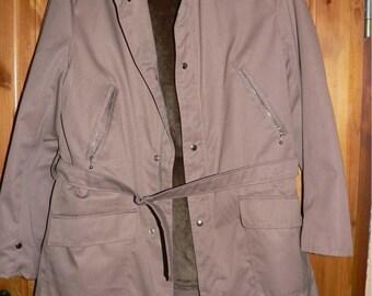 Vintage 1960s men's winter coat with fake fur Size M/L