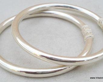 Traditional Design Sterling Silver Bracelet Bangle Pair