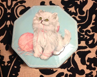 Vintage Kitten tin keepsake Box