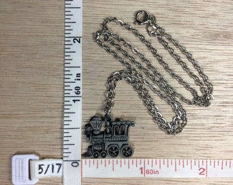 """Vintage 18"""" Pewter Silver Toned Chain Locomotive Train Engine Necklace Used"""