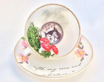 Wonderland Rabbit, Alice White Rabbit, White Rabbit Alice, Alice in Wonderland, Alice in Wonderland Decoration, Teacup and Saucer, Cheshire