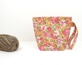 Flower small knitting bag, zipperless project bag, crochet project bag, gift for knitter
