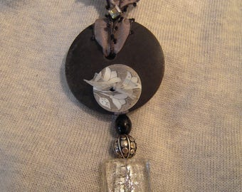 Collar necklace, button tab, square glass Murano, grey Silk Ribbon