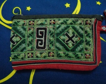 Sapa Hmong Cotton/Polyester Embroidered Purses