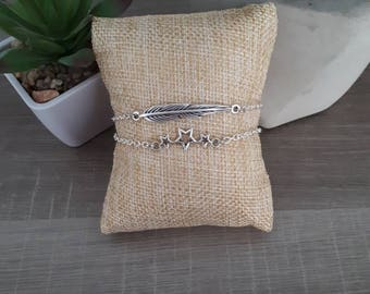 Set of two bracelet connector