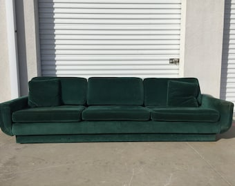 Sofa Couch Green Velvet Vintage Hollywood Regency Loveseat Lounge Seating Settee Brass Tacks Trim Nailhead Emerald Mid Century Modern Glam