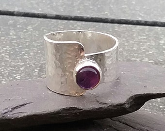 Sterling Silver Ring, Amethyst Ring, Hammered Ring, Asymmetric Ring