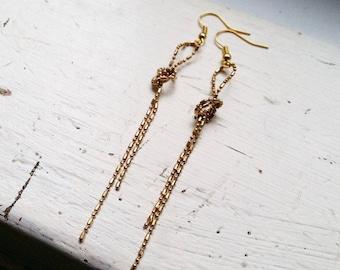 Brass knot ballchain earrings