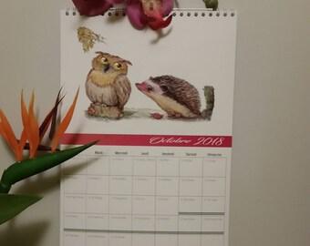Wall calendar featuring spiral 2018