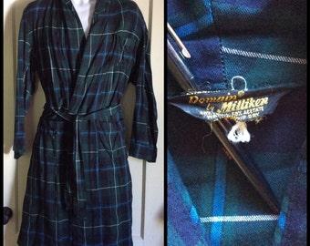 1950s Plaid Rayon Smoking Jacket Robe looks size Medium Blue Green