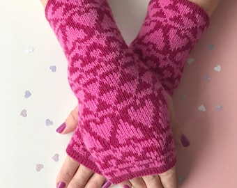 Ladies wrist warmers, knitted arm warmers, fingerless gloves, pink lambswool mitts, knitted lambswool wrist warmers, fingerless mittens
