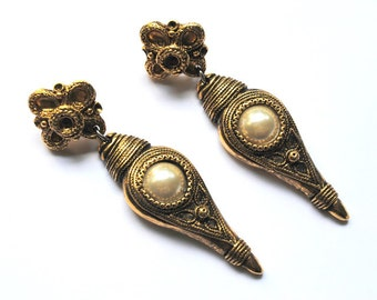 Claire Devé Paris. Vintage french earrings