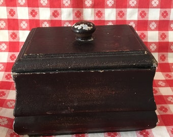 Vintage Wooden Box with Lid.