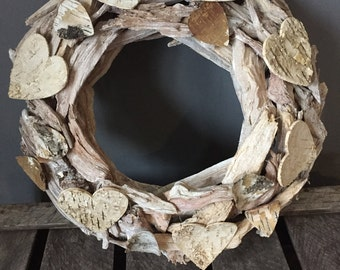 Summer wreath, Driftwood door wreath with hearts, All year round wreath, Rustic wreath, valentine wreath, Natural wreath