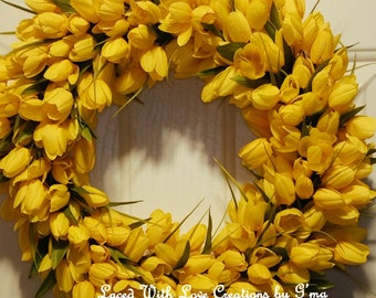 Yellow tulip wreath