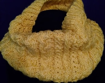 Hand Knit Delicate Cabled Cowl