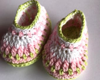 Baby shower gift, baby booties, crochet booties, baby girl shoes, newborn booties, Galilee booties, photo prop - READY TO SHIP