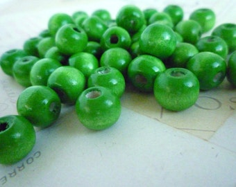 Wooden Beads Round - Green - 10mm - Pack of 10