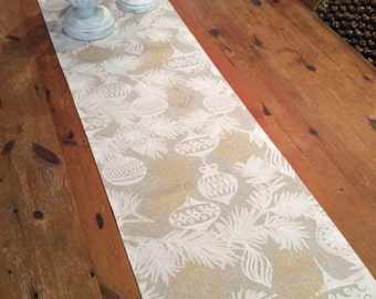 Last Ones, Limited Sizes! Modern Elegant,Taupe,White & Gold Christmas Table Runners, Quality