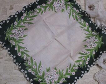Vintage Ladies Handkerchief-Hankie-Hanky-Floral-Hankies-DAISY-Unused
