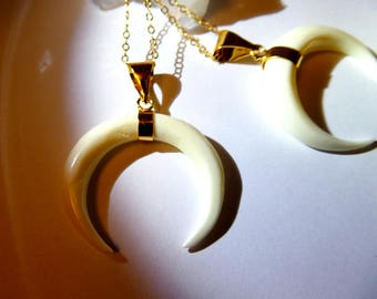 White ox horn pendant - Gold filled crescent moon necklace- White horn necklace -fashion celestial pendant- Hippie trendy pendant-women gift