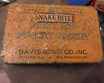 Davis and Co. Snakebite First Aid Kit
