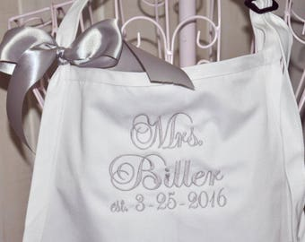 Mrs. Apron, Personalized Apron, Monogram Apron, Custom Embroidered Apron, Wedding Shower Gift, Couples Gift, Apron with Pockets