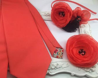 SET 3 Accessories: Tie, brooch and coral headband