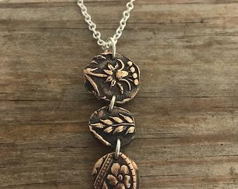 Bronze flower relic necklace