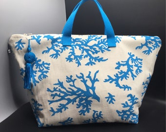 """Coral"" travel bag"