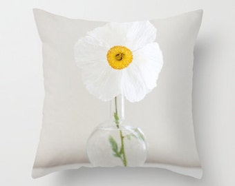 Flower PIllow Case - Nature Pillow Cover - Poppy Pillow - Pretty Pillow Case - Yellow and White - 16x16 18x18 20x20 Pillow Cover