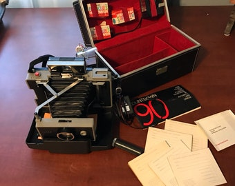Vintage Polaroid Countdown 90 Automatic Land Camera Excellent Condition with Accessories Original Box, Item #SUE4792