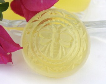 25 Lovely Honey Bee Guest Glycerin Soaps Wedding or Baby Shower Favors Customizable Tags Scent and Color Choices